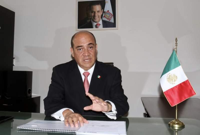 Injustificables presiones; AMLO y Murat dan todo a maestros: Alfredo Martínez de Aguilar